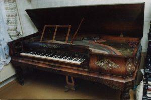 История пианино: клавикорд