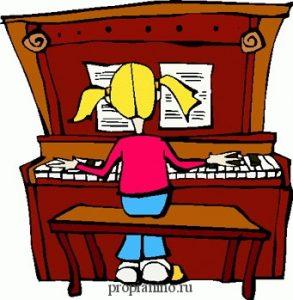 Наша маленькая Нина разлюбила пианино