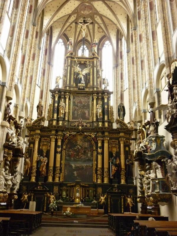 Орган в храме Святой Елены