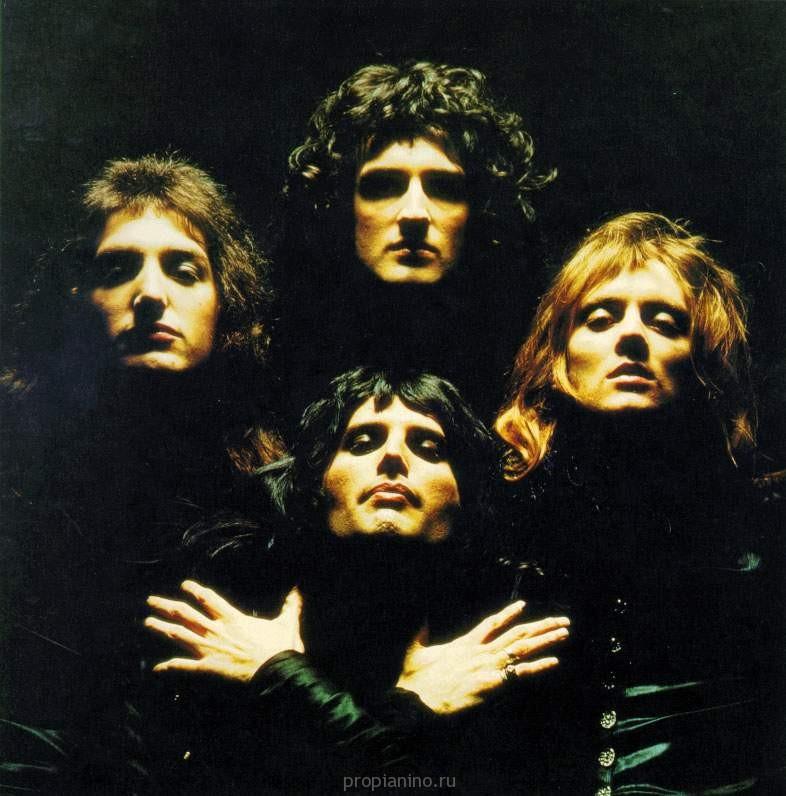 Кадр из клипа, который надолго стал визитной карточкой группы.