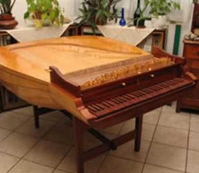 Лютневый клавесин