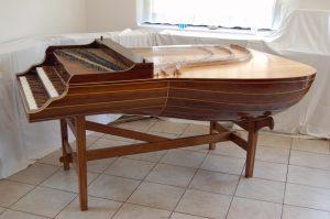 Пример лютневого клавесина