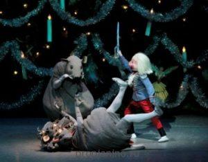 """Балет """"Щелкунчик"""": мышиный король"""