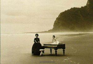 """Кадр из фильма """"Пианино"""""""