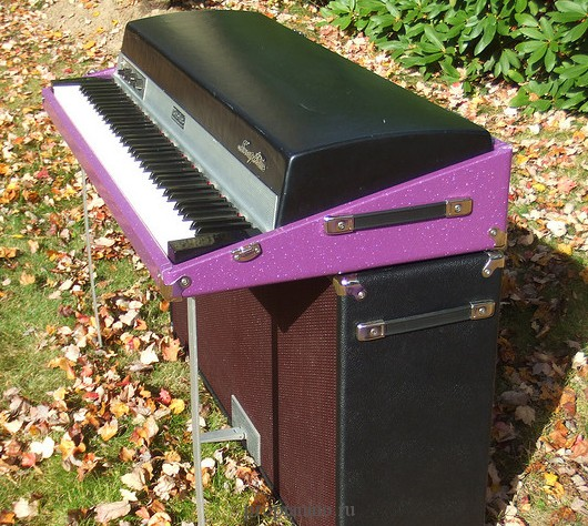 Suitcase Piano Rhodes