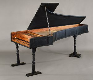 Фортепиано построенное Кристофори (1720)