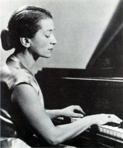 Пианистка Анни Фишер