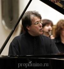 Виртуоз Гаврилов за роялем