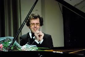 Богданов глубоко чувствовал музыку, ощущая ее истинную природу