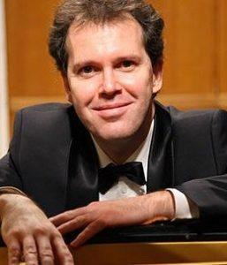 Гениальный музыкант, виртуозный пианист Юрий Богданов