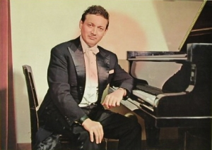 В репертуаре пианиста помимо классики присутствует джаз