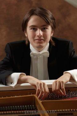 Даниил Трифонов − российский пианист-легенда