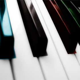 Импровизация на пианино по чёрным клавишам