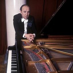 Владимир Крайнев - пианист и педагог