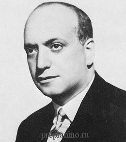 Пианист Симон Барер