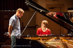Три ипостаси немецкой пианистки Констанци Айкхорст