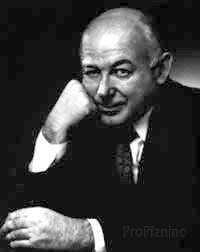 Американский композитор Генри Коуэлл