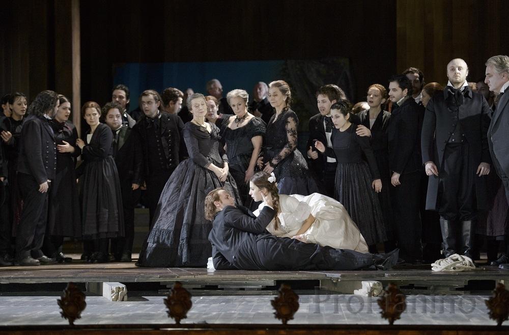 Опера Беллини «La straniera»