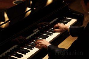 Самым ярким достижением музыкальной карьере Юрия Смирнова стала победа на конкурсе имени Вилла-Лобоса