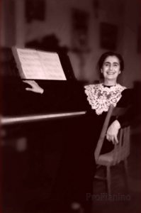 Пианистка Мария Гамбарян