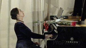 Мария Гамбарян с удовольствием исполняет произведения современных композиторов