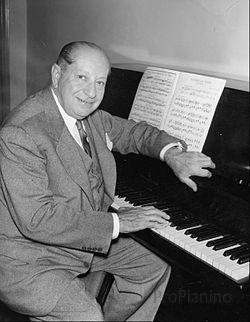 Американский композитор Зигмунд Ромберг
