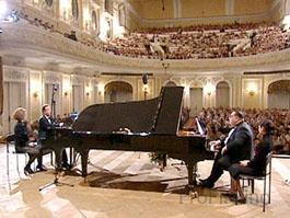 На выступлениях Александра Гиндина и Николая Петрова зал всегда был переполнен