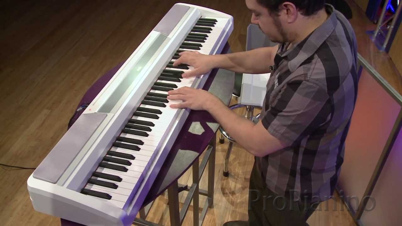 Недорогое цифровое пианино Korg SP-170