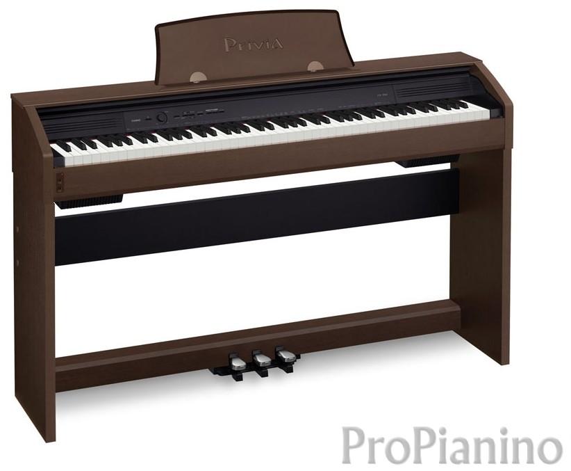 большое коричневое пианино Casio Privia PX-750