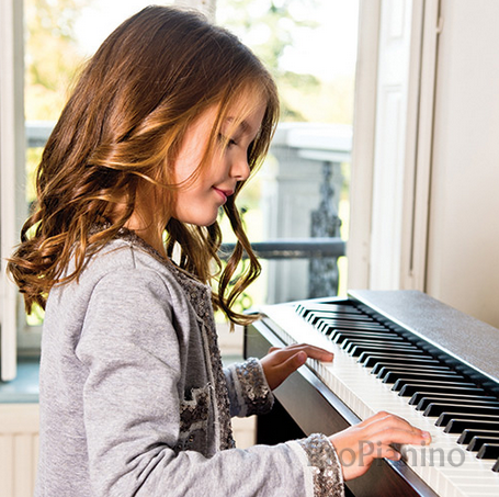 How to choose digital piano for kids
