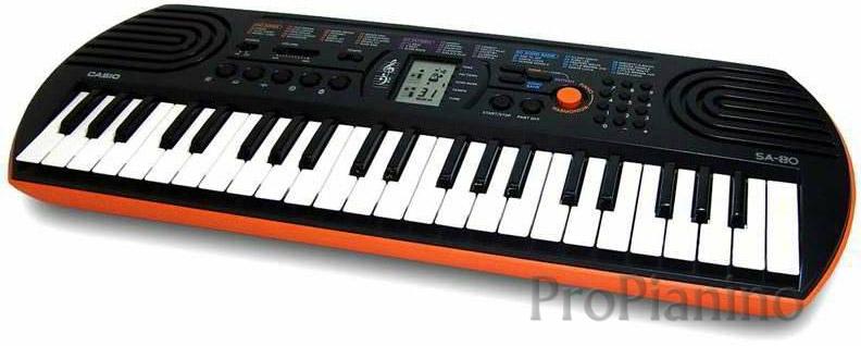 Простое пианино CasioSA-76