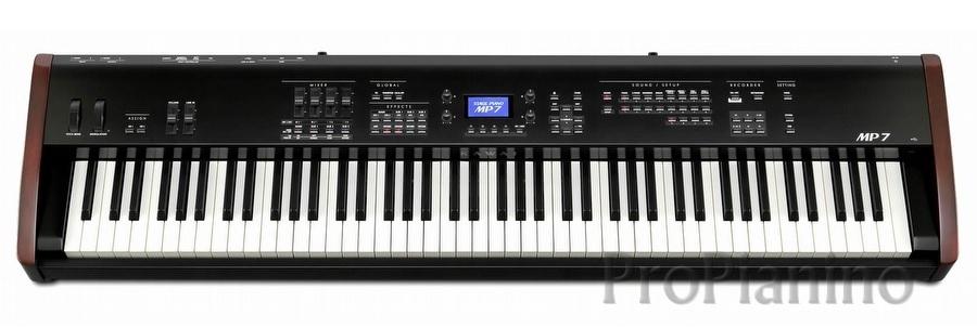 Крупный план синтезатора Kawai-MP7-2